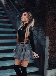 39 Outfits with Fashion Mini Skirts so you look super Pretty - . Seam , 39 Looks con Minifaldas de Moda para que luzcas super Guapa - 39 Looks con Minifaldas de Moda para que luzcas super Guapa - Winter Mode Outfits, Cute Winter Outfits, Winter Fashion Outfits, Casual Summer Outfits, Spring Outfits, Autumn Fashion, Christmas Fashion, Outfit Winter, Work Outfits