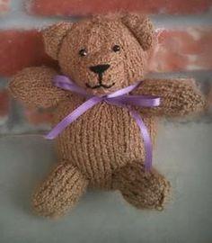 Cashew Teddy Bear: #knit #knitting #free #pattern #freepattern #freeknittingpattern #freeTeddyBearknittingpattern