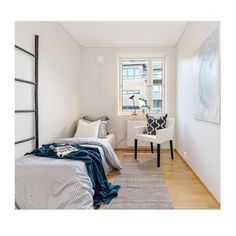 S T Y L E D B Y Ø Y A | 💙💙💙 #interiør#interior#bedroom#soverom#interiorforyou#interiorforall#insta#nordiskehjem#skandinaviskehjem#blue#nordic#boligpluss#details#sea #hampton#boligstyling#boligpluss#interiørmagasinet#eiendom#tilsalg#bo#eiendom#øyiainteriør