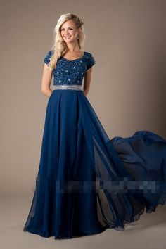 2017 Blue Lace Chiffon Modest Prom Dresses With Cap Sleeves Beaded Sexy Split Long Evening Party Gowns High Quality Custom
