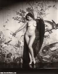 Nudist art search