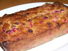 A delicious gluten free low carb cranberry bread with fresh cranberries. This sugar-free bread uses a combination of stevia and erythritol sweeteners.