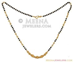 MangalSutra Kt Gold) - - 22 Karat Gold short inches) Mangalsutra with Black Beads and gold beads. Jewelry Design Earrings, Gold Earrings Designs, Gold Jewellery Design, Ear Jewelry, High Jewelry, Necklace Designs, Gold Mangalsutra Designs, Gold Chain Design, Long Pearl Necklaces