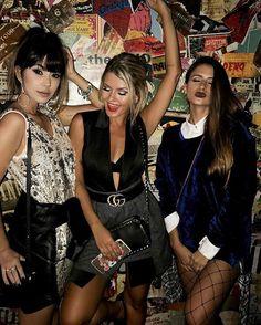 @voguebrasil after party com meus amores @ricademarre @viihrocha ❤ Que delícia passar esses dias com vcs! AMOOOOO! ❤ #allaboutDZARM #dzarmsquad #fashionloversbioderma #SensioBioH2O #SensiBionoSPFW #SPFWn43