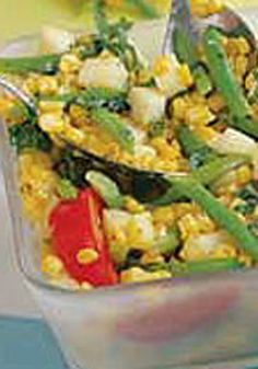 Grilled Corn Salad -- This healthy living salad recipe is great for outdoor get-togethers and is sure to bring some color to any dinner table!