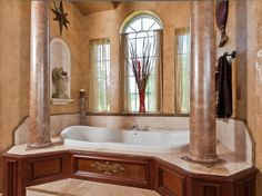 Majestic sleek columns and historic inspirations - #interiordesign #bathroom