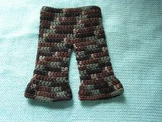 Free Crochet AG Doll Pants Pattern.