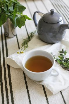 Tea Leaves & Teacups