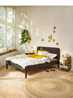 Awesome Schlafzimmer Ideen Graues Bett that you must know, You?re in good company if you?re looking for Schlafzimmer Ideen Graues Bett Scandinavian Bedroom, Good Company, Lounge, Couch, Furniture, Awesome, Design, Home Decor, Arredamento