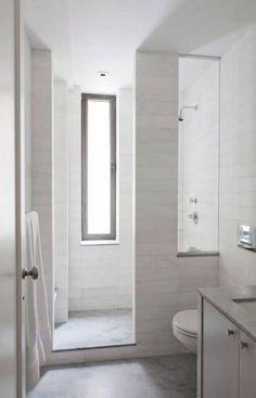 39 Trendy bathroom shower design walk in glass doors Narrow Bathroom, Bathroom Windows, Bathroom Design Small, Bathroom Layout, Bathroom Colors, White Bathroom, Bathroom Interior, Bathroom Ideas, Shower Ideas