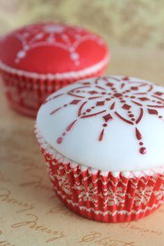 'FELIZ NAVIDAD' cupcakes