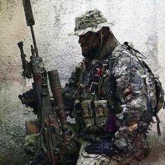 "gundoseig: ""Time for some long range tag. """