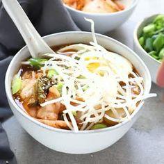 Kimchi Ramen Nudelsuppe - Sopas y ramen - Essen Ramen Recipes, Noodle Recipes, Asian Recipes, Vegetarian Recipes, Cooking Recipes, Healthy Recipes, Korean Soup Recipes, Thai Recipes, Korean Dishes