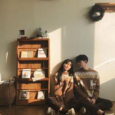 Discover recipes, home ideas, style inspiration and other ideas to try. Korean Couple Photoshoot, Photoshoot Idea, Pre Wedding Photoshoot, Cute Couples Goals, Couples In Love, Couple Goals, Couple Posing, Couple Shoot, Ulzzang Couple