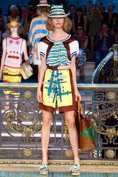 Tsumori Chisato Spring 2012 Ready-to-Wear Collection Photos - Vogue