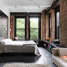 Loft NYC Great Jones by Matt Bear of Union Studio Into an industrial loft-style residence, renovate a 1903 loft in NoHo, Manhattan.