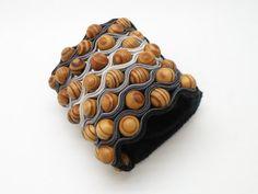 soutache bracelet with wood by Alina Tyro-Niezgoda tenderdecember.eu