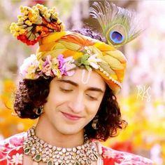 That sweet smile. Krishna Avatar, Radha Krishna Songs, Radha Krishna Love Quotes, Cute Krishna, Radha Krishna Pictures, Lord Krishna Images, Krishna Photos, Shree Krishna, Krishna Art