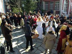 Ο γάμος της Μανιώς στη Γαλάτιστα Χαλκιδικής - http://ipop.gr/themata/eimai/o-gamos-tis-manios-sti-galatista-chalkidikis/