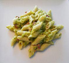 asparagus cream , cheese pasta