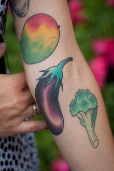 vegetable food tattoo aubergine, broccoli, mango #foodtattoo #wearecooking