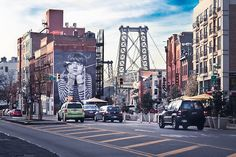 This is one of my new favorite places in New York. The painting on the wall and the view of the Willamsburg Bridge just go well together.