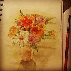 Доброе утро. Хорошей недели.  #drawing #illustration #watercolor #portrait #sketch #pencil #sketchbook #art #flowers #bouquet #artwork #painting #eskiz #портрет #рисунок #карандаш #набросок #эскиз #акварель #цветы #букет