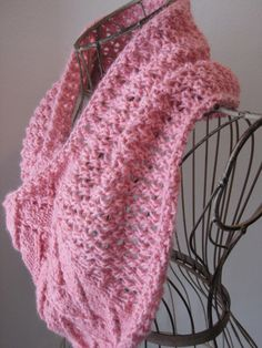 Balls to the Walls Knits: Flemish Block Cowl #knitting #pattern