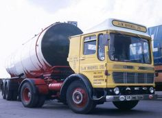 Vintage Trucks, Old Trucks, Commercial Vehicle, Classic Trucks, Old Skool, Cars And Motorcycles, Marshall Major, Transportation, British