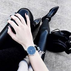 elegance is a beauty that never fades - our black kapten watch fits perfect with every elegant outfit | kapten-son.com