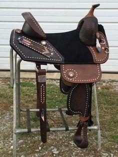 Lovely barrel saddle