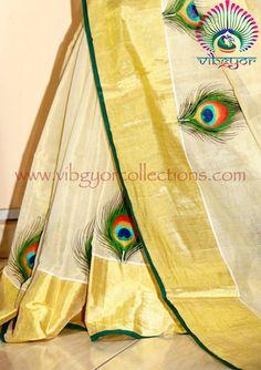 Dress Painting, Peacock Painting, Fabric Painting, Fabric Art, Peacock Fabric, Saree Painting Designs, Fabric Paint Designs, Hand Painted Sarees, Hand Painted Fabric