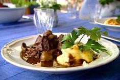 Boeuf Bourguignon à la Per Morberg (kock Per Morberg) Pulled Pork, Scones, Mashed Potatoes, Crockpot, Slow Cooker, Tacos, Dining, Vegetables, Cooking