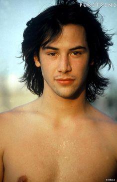 """keanu reeves   Keanu Reeves a commencé le cinéma en 1985 avec le film """"One step ..."""
