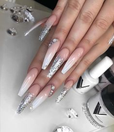 Worth It French Nails Acrylic Long Shape 82 - Ongles 03 New Nail Designs, Acrylic Nail Designs, Art Designs, Design Ideas, Silver Nail Designs, Dope Nails, My Nails, Gorgeous Nails, Pretty Nails