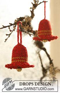 "Crochet DROPS Christmas bell in ""Cotton Viscose"" and ""Glitter"". ~ DROPS Design"