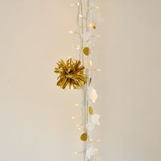 Pompon OR - THE FABULOUS GARLANDS