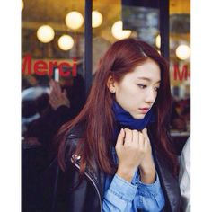 (Starcast) Park Shin Hye in Paris, France. Korean Celebrities, Beautiful Celebrities, Beautiful Actresses, Celebs, Park Shin Hye, Korean Actresses, Korean Actors, Actors & Actresses, Gwangju