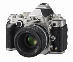 니콘은 5일 금속 소재 기계식 다이얼을 채용해 조작 편의성을 높인 DSLR 카메라 'df'를 공개했다.  이 제품은 플래그십 DSLR인 D4와 같은 유효화소수인 1625만 화소에 풀프레임 CMOS 센서와 화상처리엔진 엑스피드3(EXPEED3)를 탑재했다. 빛 감지 영역은 ISO100∼1만2800까지 지원한다.