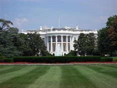 Washington D.C. Is Littered With Phony Cell Towers The Russian Embassy, White House, Supreme Court, and other landmarks have some nosy neighbors, claims the maker of an ultrasecure mobile phone. By Andrew Rosenblum 9.17.2014 | Popular Science