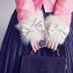 pink, fur and bows