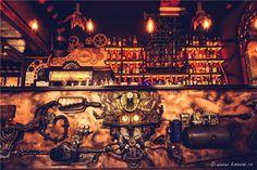 Enigma Café, à la décoration « steampunk » en Roumanie