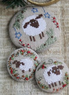 embroidery buttons pattern