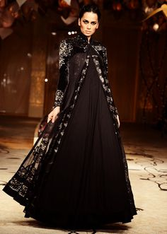 Model walks the ramp in black floor length embellished gown for Rohit Bal at Indian Bridal Week 2013 Indian Bridal Week, Indian Bridal Fashion, Bridal Fashion Week, Pakistani Dresses, Indian Dresses, Indian Outfits, India Fashion, Asian Fashion, Elegant Dresses