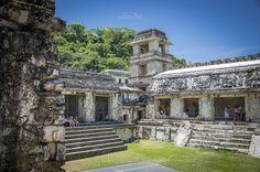 Palenque, Chiapas México - Palacio Maya en Palenque, Chiapas México