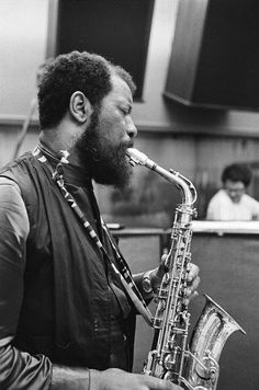 Ornette Coleman: innovative American saxophonist, violinist, trumpeter and composer. One of the major innovators of 'free jazz' in the 1960s and avant-garde jazz. He received the 2007 Pulitzer Prize for music.