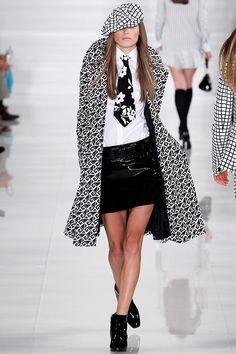Ralph Lauren  SS 2014 y sigue la mini falda de piel wow!