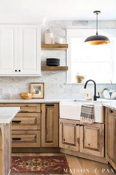 Farmhouse Style Kitchen, Kitchen Redo, Kitchen Remodel, Kitchen Ideas, Kitchen Island, Kitchen Tv, Warm Kitchen, Kitchen Inspiration, Two Tone Kitchen Cabinets
