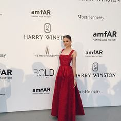 Last look of the Cannes Film Festival! Attending the #amfAR Gala dressed in @eliesaabworld and with @chopard jewels. Such a thrill to be here tonight supporting and bringing exposure to the search aiming to find a cure against HIV. Thanks to @MoetChandon for having me! #MoetMoment