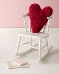 Glitter Heart Pillow #crochet #freepattern in Martha Stewart Crafts Glitter Eyelash